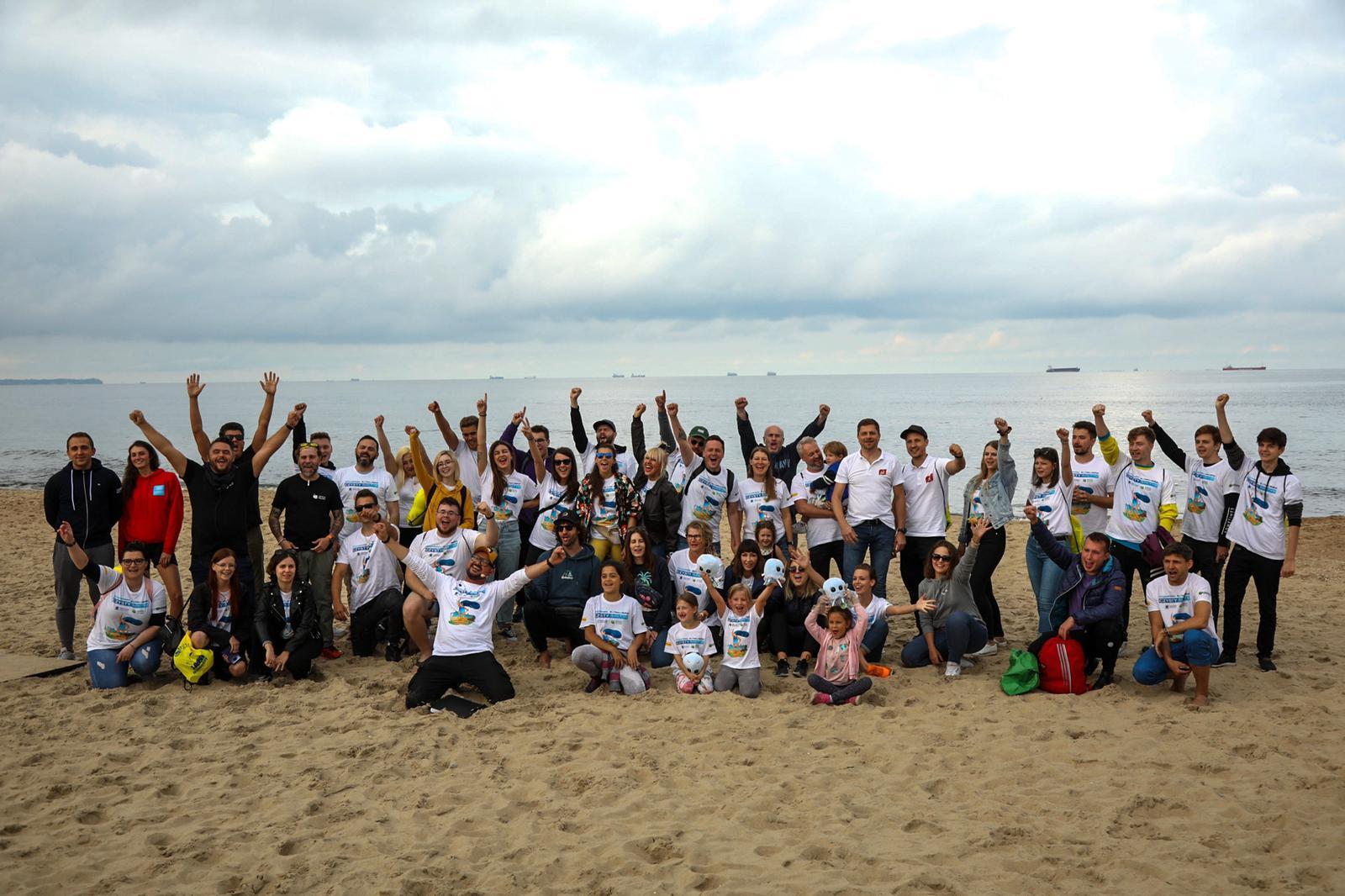 Czysty Bałtyk: morze śmieci i dobra energia tysięcy wolontariuszy